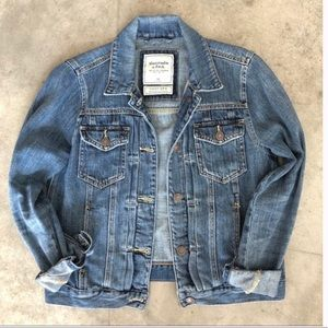 Abercrombie and Fitch Jean jacket size medium